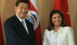 The Chinese Premier with former Costa Rican President Laura Chinchila.