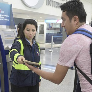 ecuador airports