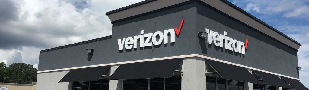 Us Telecom Company Verizon Wireless Will Transfer Over 2 500 It Staff To Infosys As Part Of A 700 Million Services Deal